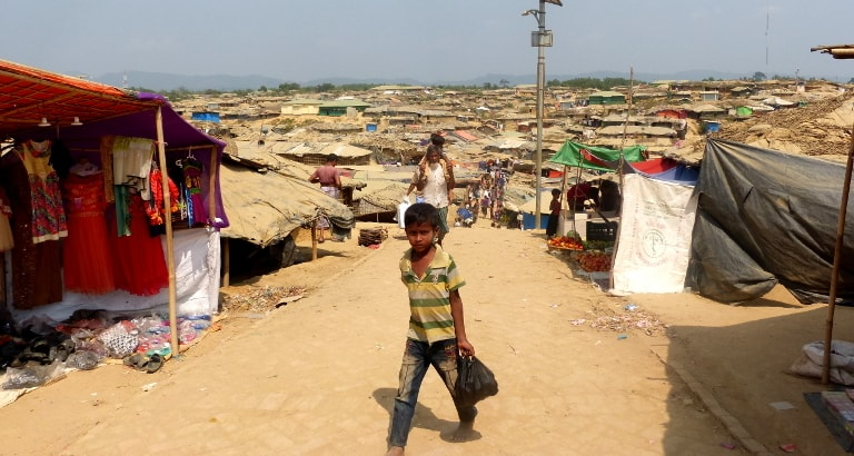 Photo d'un enfant dans le camp de réfugiés au Bangladesh